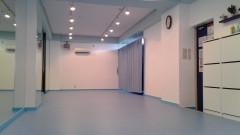 きれいなブルーのスタジオ